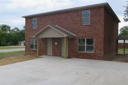 Multifamily for sale in 1601 S Boston Place, Russellville, AR, 72801