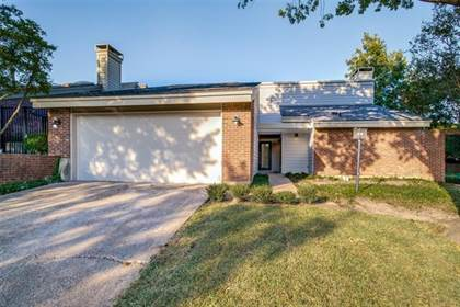 Residential Property for sale in 7852 High Oaks Circle, Dallas, TX, 75231