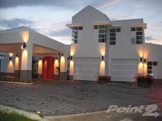 Residential Property for rent in Paseo las Palmas Luxury 4 Bedroom Home in Cul-de-Sac, Dorado, PR, 00646