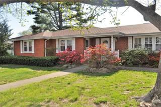 Single Family for sale in 102 Hancock Street, McLeansboro, IL, 62859