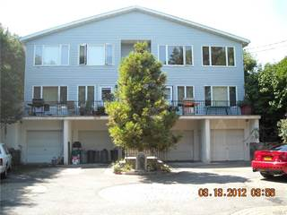 Townhouse for rent in 147-149 Meadow Lane RIGHT 2nd fl149B, New Rochelle, NY, 10805