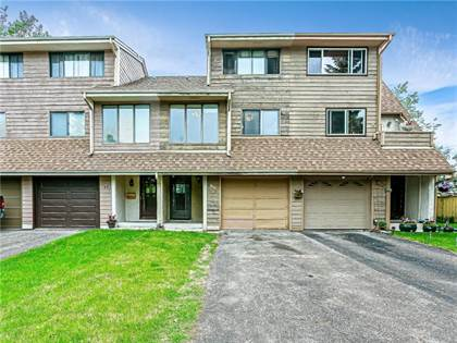 Single Family for sale in 139 WOODVALE BA SW, Calgary, Alberta