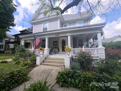 Residential Property for sale in 1014 W College Ave, Jacksonville, IL, 62650
