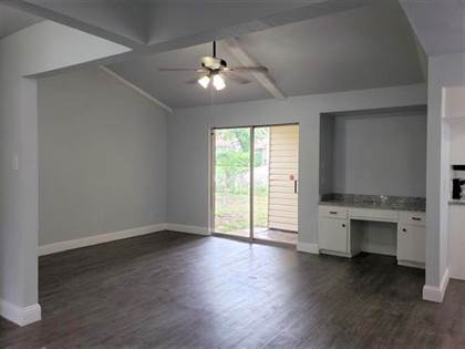 Residential for sale in 623 Blue Grass Drive, Dallas, TX, 75211