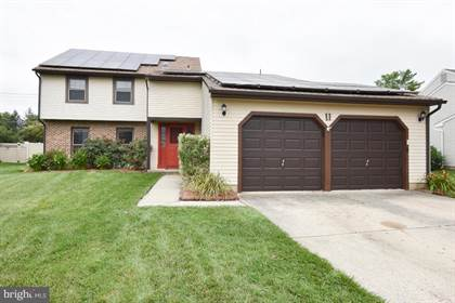 Residential Property for sale in 11 MEADOWRUE DRIVE, Mount Laurel, NJ, 08054