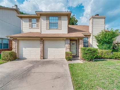 Residential for sale in 827 Wyndham Place, Arlington, TX, 76017
