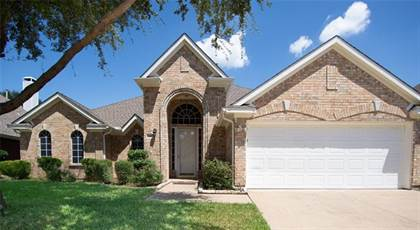 Residential for sale in 6403 Clear Pool Drive, Arlington, TX, 76018