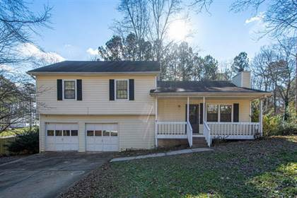Residential for sale in 1621 Oak Log Court, Buford, GA, 30519