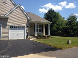 Townhouse for sale in 12 SESKINORE COURT, Dover, DE, 19904