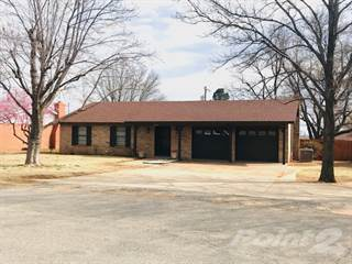Residential Property for sale in 2011 Country Club Dr., Childress, TX, 79201