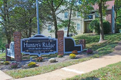 Apartment for rent in 5625 Hunters Valley Court, Oakville, MO, 63129