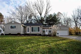 Single Family for sale in 18695 Meadow Ln, Strongsville, OH, 44136