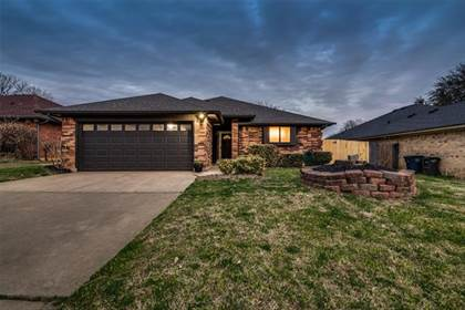 Residential for sale in 713 Sunrise Court, Fort Worth, TX, 76120