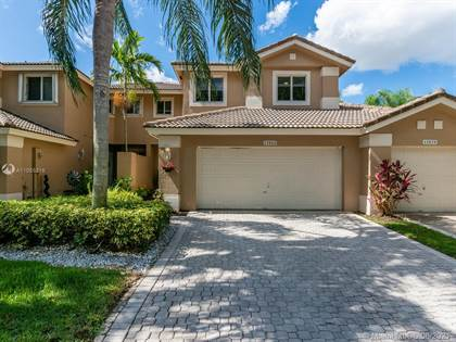 Residential Property for sale in 15868 SW 12th St, Pembroke Pines, FL, 33027