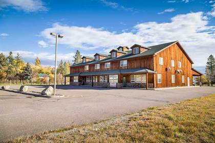 Multifamily for sale in 7325 Us-93, Lakeside, MT, 59922