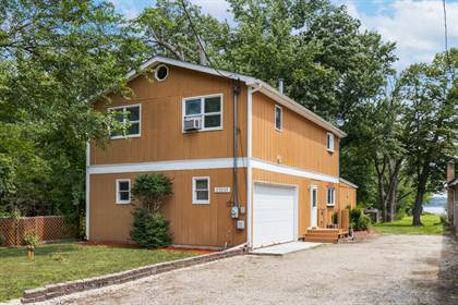 Residential Property for sale in 27293 Bayview Street, Island Lake, IL, 60042