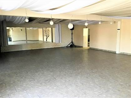 Commercial for sale in 9844 DYER Street, El Paso, TX, 79924