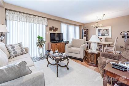 Residential Property for sale in 96 FELLOWES Crescent, Hamilton, Ontario, L8B 0M7