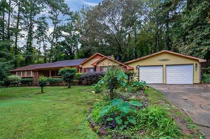 Residential Property for sale in 5940 LYNFIELD Drive, Atlanta, GA, 30349
