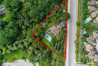 Land for sale in 900 Lakeshore Rd W, Mississauga, Ontario