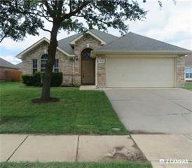 Single Family for sale in 1332 Clearwater Drive, Grand Prairie, TX, 75052