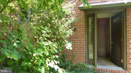 Residential Property for rent in 8209 RUXTON CROSSING COURT, Towson, MD, 21204