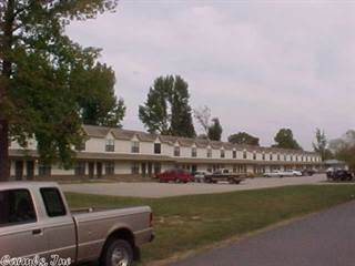 Apartment for rent in 300 W Fourth Street, Ward, AR, 72176