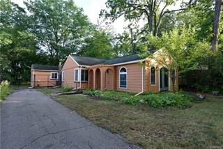 Single Family for sale in 6639 WINDIATE Road, Waterford, MI, 48329
