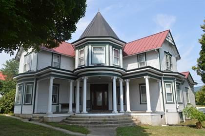 Residential Property for sale in 17 Salem AVE, New Castle, VA, 24127