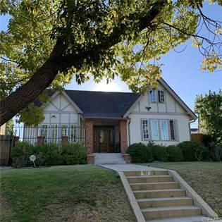 Residential Property for sale in 111 N Beachwood Drive, Los Angeles, CA, 90004