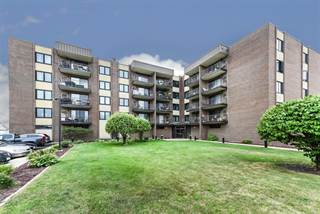 Condo for sale in 7707 West Irving Park Road 106, Chicago, IL, 60634