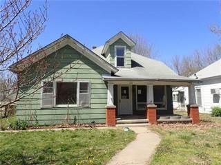 Single Family for sale in 816 N Walnut Street, Iola, KS, 66749