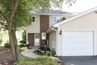 Townhouse for sale in 30W617 FAIRWAY Drive, Naperville, IL, 60563