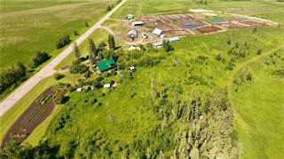 Farm And Agriculture for sale in 2110 Twp Rd 352, Red Deer, Alberta