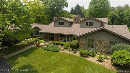 Residential Property for sale in 26455 WILLOWGREEN Drive, Franklin, MI, 48025
