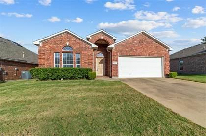 Residential for sale in 7903 Raton Ridge Lane, Arlington, TX, 76002