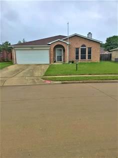 Residential for sale in 6747 ELK Trail, Arlington, TX, 76002