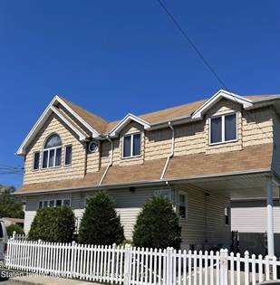 Residential Property for sale in 329 Mallory Avenue, Staten Island, NY, 10305