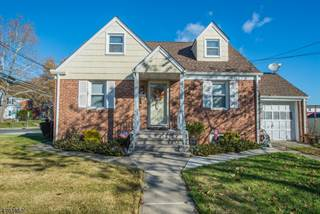 Single Family for sale in 204 Elmwood Dr, Clifton, NJ, 07013