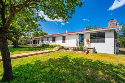 Residential Property for sale in 1210 Beall St, Ozona, TX, 76943