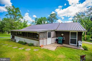 Residential Property for sale in 121 WOODLAWN DRIVE, Great Cacapon, WV, 25422