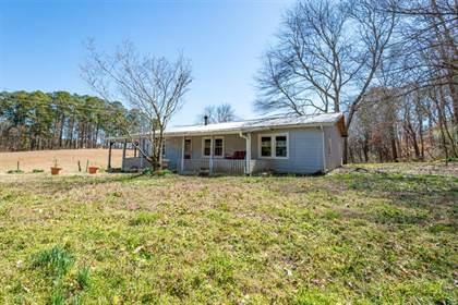 Residential for sale in 305 Daisy Street NW, Calhoun, GA, 30701