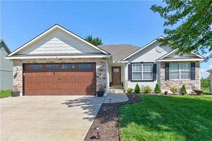 Residential for sale in 204 Whitetail Street, Buckner, MO, 64016