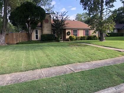 Residential for sale in 623 Meadowglen Drive, Duncanville, TX, 75137