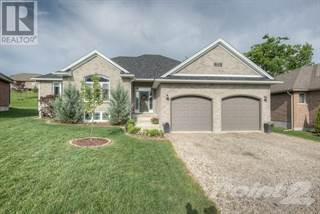 Single Family for sale in 75 ANDREWS Drive W, Mapleton, Ontario