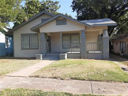 Residential for sale in 1235 Elmwood Avenue, Fort Worth, TX, 76104
