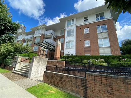 Apartment for rent in Great Location. Two Bedroom and Two Baths on the ground floor Nearby Brentwood Mall, Burnaby, British Columbia