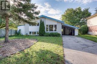 Single Family for sale in 27 BISHOP Court, Kitchener, Ontario, N2B2S2