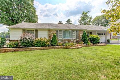 Residential for sale in 41 N WESTVIEW AVENUE, Feasterville Trevose, PA, 19053
