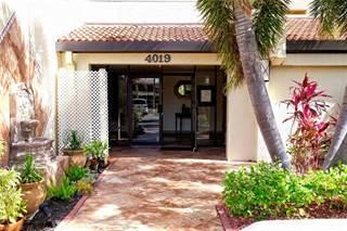 Condo for sale in 4019 SE 20th PL 402, Cape Coral, FL, 33904